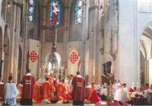 Pontifkalamt mit Kardinal Castrillon Hoyos im Paulus-Dom zu Münster
